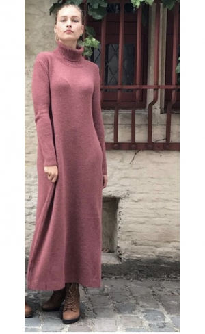 KNIT DRESS MAXI logo